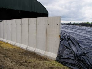 vetical silage panel