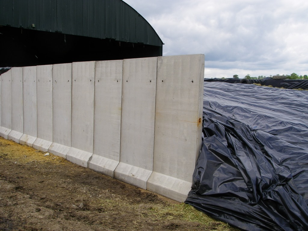 Precast Stone Panels : Precast concrete panels for silage pits seymour construction